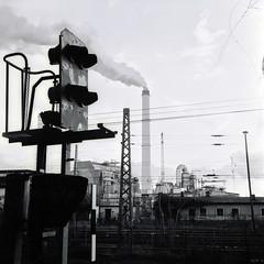 Industrial Still Life (ucn) Tags: rolleiflex35b agfarodinal adoxcms20 lichtenberg berlin powerstation kraftwerk sw blackandwhite bw filmdev:recipe=10696 developer:brand=agfa developer:name=agfarodinal tessar