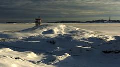 A view from Sydostkobbarna to the Rnnskr lighthouse (Kirkkonummi, 20160123) (RainoL) Tags: winter lighthouse snow finland geotagged island frost january fin islet 2016 uusimaa porkala nyland kirkkonummi porkkala rnnskr kyrksltt 201601 fz200 storlandet 20160123 geo:lat=5994844628 geo:lon=2437798192 sydostkobbarna trskn