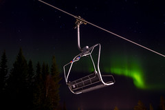 Northern lights in Lindvallen (Joakim Berndes) Tags: winter snow night vinter skiing outdoor downhill explore sverige nightphoto sn natt auroraborealis slalom lindvallen familjen skidor slen 2016 norrsken sdersen northernlight utomhus explored skistar semsester myskistar