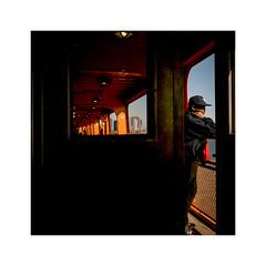 New York C. #23 Staten Island Ferry (nicolasjahan) Tags: street nyc urban newyork color film ferry analog island minolta streetphotography 400 fujifilm staten autocord