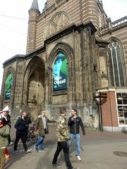 Oude Kerk (Quetzalcoatl002) Tags: street amsterdam exhibition chagall grotekerk oudekerk