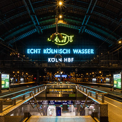 cologne (rey perezoso) Tags: city signs building station night buildings germany square deutschland europa bahnhof kln lettering 4711 2016 eaudecologne nightonearth
