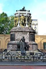 El Mausoleo de Manuel Belgrano (maiklopes) Tags: church argentina buenosaires iglesia igreja manuelbelgrano mausoleo