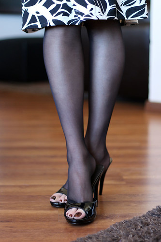 Mules & pantyhoses