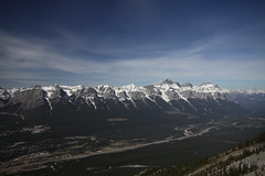 Rundle Mountain Range (jamespcrotty11) Tags: mountain hiking valley bow canmore rundle