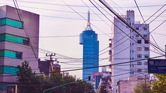 El coloso de la Npoles (SmartFireCat) Tags: world street tower lines mxico skyscraper mexico restaurant avenida torre power centre restaurante ciudad cable center electricity colonia wired sur antena borough wtc electricidad avenue trade napoles antenna npoles benito telecomm telecomunicaciones colossus insurgentes giratorio cableado rascacielo coloso delegacin jurez cdmx