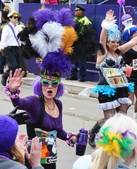 Les Dames de Orleans and Oak Streets - Krewe of Tucks parade (Monceau) Tags: walking women orleans colorful neworleans parade mardigras oakstreet beadwork streetnames kreweoftucks damesdeperlage