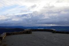 Aire de Montjaux, Aveyron (VP-12) Tags: panorama aire viaduc aveyron viaducdemillau tabledorientation montjaux airedemontjaux vuesurleviaducdemillau