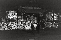 Skatehalle-Berlin (Katharina Berliner) Tags: light people blackandwhite motion berlin film night germany haloween celebrate kodak400 rollei35 skatehalle