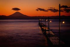 Nobody on the pier (Mitsuhisa) Tags: sunset pier xt1 xf50140