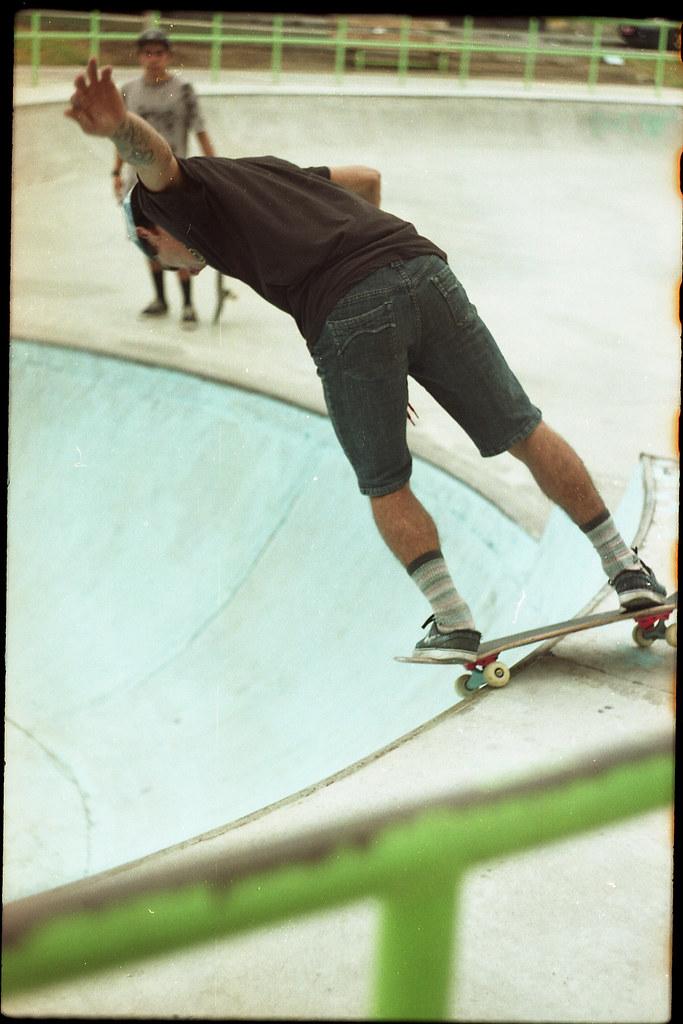 (catatonic0) Tags  chile color film 35mm skateboarding kodak board 666 bowl  skate session 0b719b9f87ed