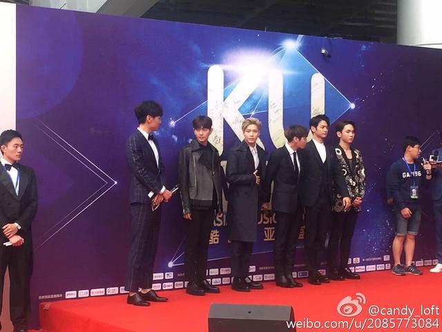 160329 SHINee @ 2016 KU Asia Music Awards' 25590886783_0b869f6eeb_z
