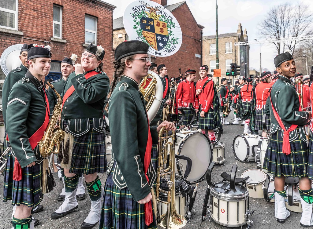 SHORECREST HIGH SCHOOL [ST. PATRICK'S PARADE IN DUBLIN 2016]-112235