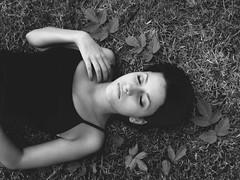 Agustina (Micaela Reboredo) Tags: portrait bw woman white black sexy byn blanco girl canon relax mujer model quiet retrato negro modelo powershot monocromatic tranquila byw femenine femenina sx500