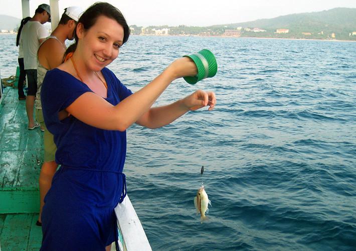 câu cá trên biển