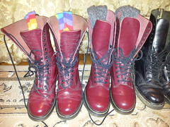 20160310_211129 (rugby#9) Tags: original black feet yellow socks cherry boot hole boots lace dr air 14 7 icon wear size stitching comfort sole doc 1914 cushion soles dm docs eyelets drmartens bouncing airwair docmartens martens dms stripedsocks cushioned wair bootsocks doctormarten 14hole multicolouredsocks yellowstitching