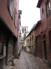 IMG_9115 (NICOB-) Tags: troyes ruelle monuments maison rue centreville aube colombages