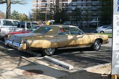 1977? Chrysler New Yorker Brougham 4-door hardtop (channaher) Tags: newyorker chrysler brougham carlzeissplanart50mmf14zassm