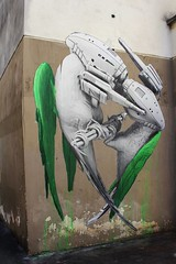 Ludo_1317 impasse des Primevres Paris 11 (meuh1246) Tags: streetart paris ludo arme paris11 impassedesprimevres
