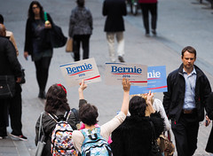 Bernie 2016 (near Wall St.) NYC (Digi Hank) Tags: nyc newyorkcity election bernie wallst berniesanders
