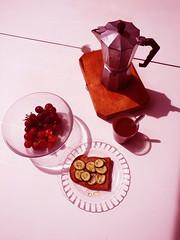 Ojala que lluevan caf y rosas (aichitame) Tags: ocean pink love coffee breakfast vegan cafe playa desayuno vegano