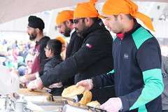 IMG_2889 (Honey Agarwal) Tags: family music food toronto ontario canada color kitchen proud john square army drums blog downtown nathan mayor kathleen prayer free parade celebration event meal april greetings females turban sikh punjab kirtan wynne marshal gurudwara humans tory nagar punjabi guru hapiness waheguru serve khalsa 2016 vaisakhi sikhnewyear khalsaday sikhi nathanphilips dhol khanda langar panth osgc seaofcolors turbancolor parade2016 withahugeparadedowntown