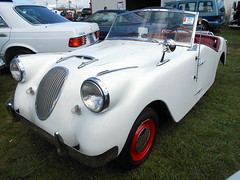 1952 Crosley Super Sport (splattergraphics) Tags: carlisle carshow carlislepa 1952 supersport crosley springcarlisle