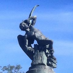 Haciendo fotos en El Retiro. El Angel Cado. #madrid (Jose Rubies) Tags: madrid square escultura squareformat estatua parquedelretiro angelcaido ricardobellver iphoneography instagramapp uploaded:by=instagram