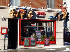 1,000 Grammes (Kilo) cafe on rue Sainte-Catherine in Montreal (chibeba) Tags: city winter vacation urban holiday canada montral quebec montreal january northamerica qc 2016 citybreak