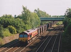 "English Welsh & Scottish Railways Class 66/0, 66050 (37190 ""Dalzell"") Tags: gm shed revised generalmotors class66 ews maroongold 66050 milfordjunction class660 englishwelshscottishrailways"