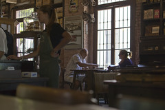 Breakfast at Merti's (Mario Donati) Tags: nikon sanantoniodeareco nikkor35mm18 d3100