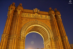 Arc de Triomphe Barcelona (J.Bleeker) Tags: barcelona city architecture photo gate nighttime arcdetriomphe