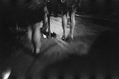 San Francisco, 2011 (alapan.com) Tags: sanfrancisco street slr film photography fuji olympus 1600 photoblog analogue om neopan1600 1600iso xtol xtol11 fujineopan1600 agoncillo 75minutes olympusom4t wwwalapancom johnagoncillo