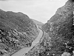 Ballaghbema Pass, Glencar, Co. Kerry (National Library of Ireland on The Commons) Tags: horse tourism car pass gap driver cart glassnegative countykerry glencar ballaghbeamagap jaunting robertfrench williamlawrence nationallibraryofireland lawrencecollection glencarhotel ballaghbema lawrencephotographicstudio thelawrencephotographcollection ballaghbemapass
