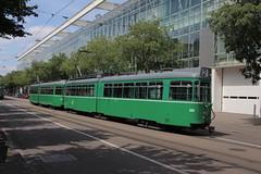 646 (KennyKanal) Tags: tram basel grn bvb basler verkehrsbetriebe dwag schienenfahrzeug drmmli