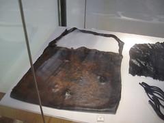 COMACCHIO - Museo della Nave Romana (Roman Shipwreck Museum): Leather bag (Andra MB) Tags: italien italy vacances italia roman urlaub shipwreck italie emiliaromagna 2015 vacanta concediu epave epava commachio