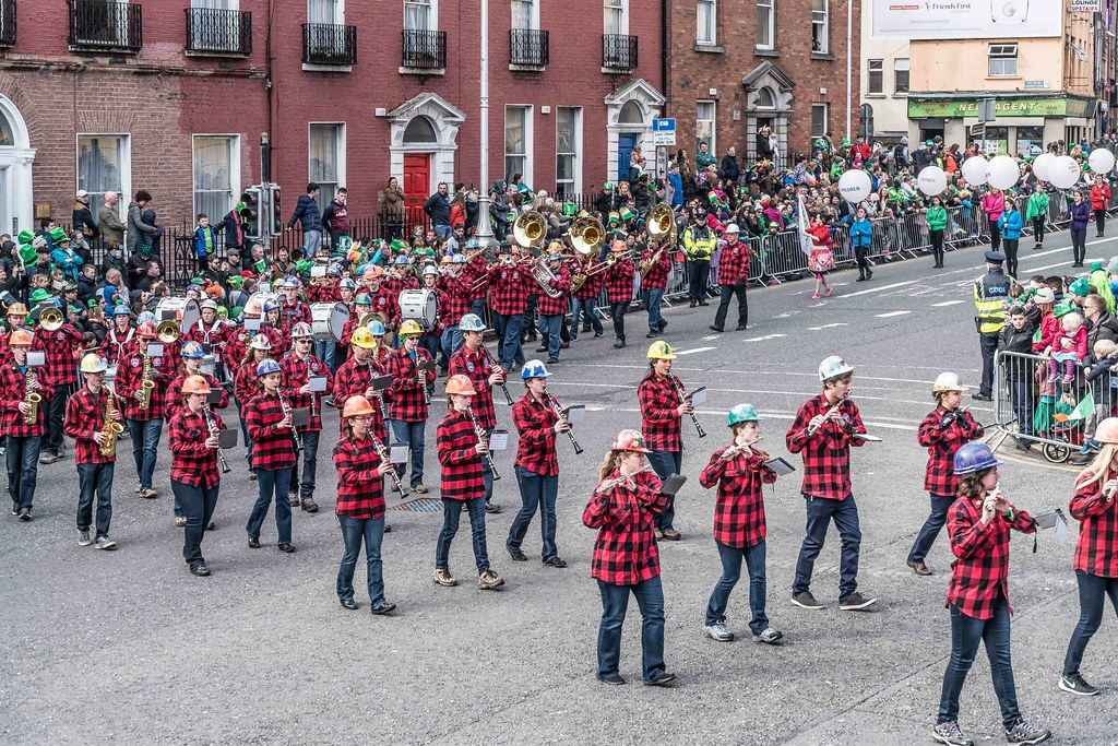 Colorado School Of Mines Marching Band and Choir [St. Patrick's Day Parade 2016]---112297