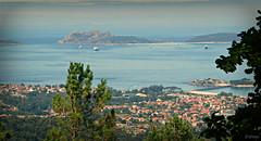Una tarde tranquila (Franco DAlbao) Tags: sea landscape lumix mar paisaje galicia vigo coruxo toralla canido radevigo islasces illadofaro praiaderodas montedospozos dalbao francodalbao rsbaixas
