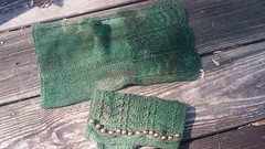 20160424_104259 (chaotick) Tags: brown green wool knitting silk yarn dyed fingering knitty mitts knitpicks overdyed