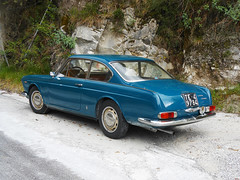 Lancia Flavia (1967) (maximilian91) Tags: italy italia tuscany toscana oldcars carrara vintagecars lancia italiancars lanciaflavia cavedimarmo cavedimarmodicarrara