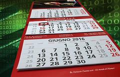 Un mondo di numeri (guardare in large premere L) (Ferruccio Zanone) Tags: di numeri anno giorni calendario mesi sistema algebra boole binario