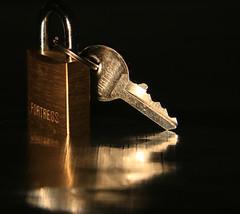 A little Privacy Please (alideniese) Tags: stilllife macro reflection closeup silver gold keyring key bokeh brass padlock privacy macromondays macromondaysbeginswiththeletterp beginswiththeletterp