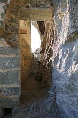 Casti Grotta (oonaolivia) Tags: castle burg höhlenburg waltensburgvuorz kropfenstein