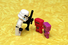 361 (Lee Saboro) Tags: starwars lego stormtrooper droids