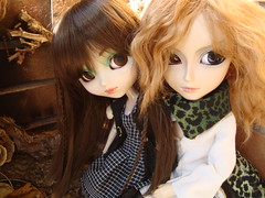 Michelle et Jean (Lunalila1) Tags: family doll jean michelle groove pullip sesion prunella dubois gyro beauvoir taeyang junplaning