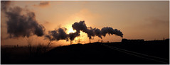 Golden Hour Steam (Welsh Gold) Tags: china city sunset train golden mine republic dump peoples hour locomotive waste northwestern province sy liaoning spoil wulong fuxin
