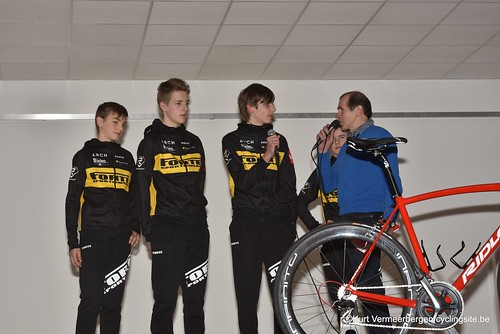 Young Cycling Team (86)