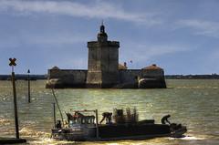 il Forte Louvois e  ...  le ostriche (Roberto Defilippi) Tags: france francia forte oceano rodeos 92016 nikond7100 robertodefilippi