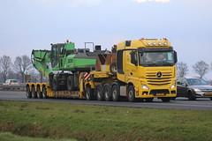 IMG_1710 (klokcor) Tags: mercedes mercedesbenz slt actros truckpalacecom