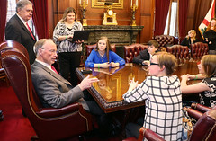 03-01-2016 Young transplant recipient, Munford Students meet with Gov. Bentley